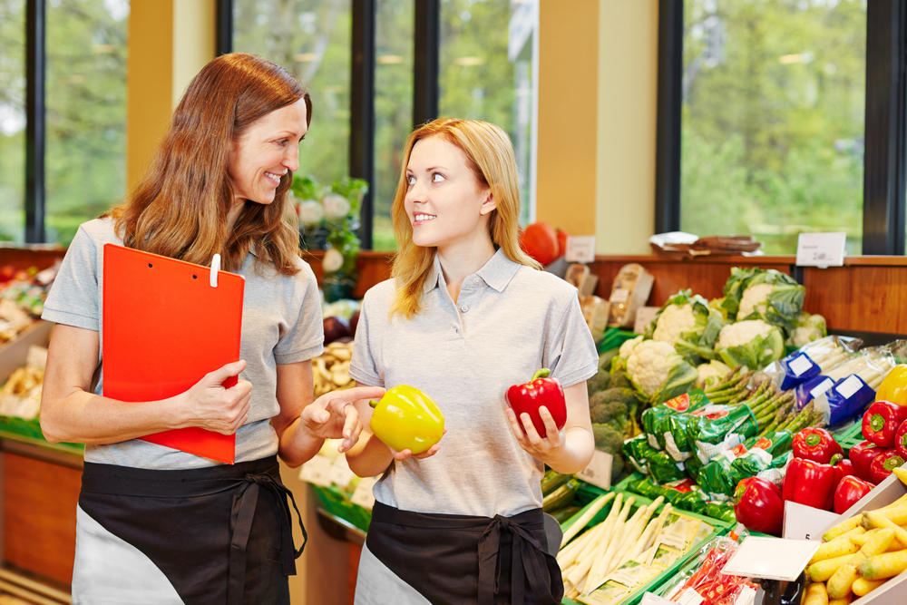 Food service inventory management system features