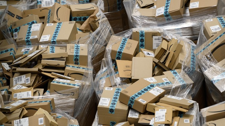 How to Efficiently Process Returns With the Help of Reverse Logistics Technology