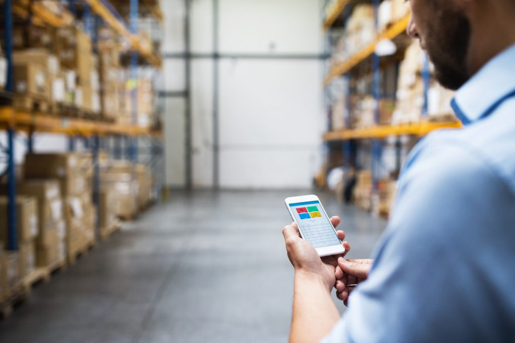 What are the 4 Disadvantages of a Mobile Inventory System App?